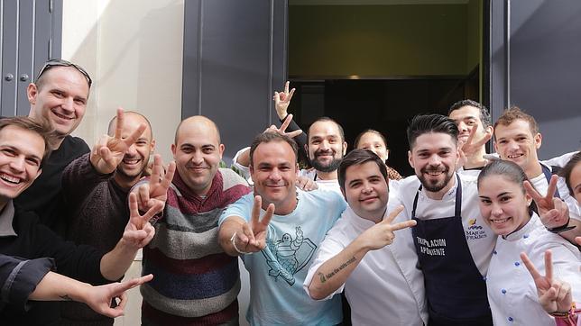 El equipo al completo de Aponiente celebra la segunda estrella Michelin