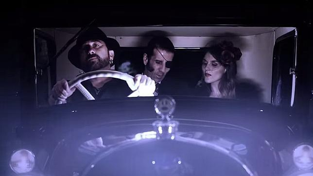 Padilla y Joaquín salen en el videoclip 'De lobo a cordero' de El Barrio