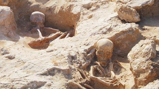 Restos encontrados en la necrópolis neolítica de Camposoto.