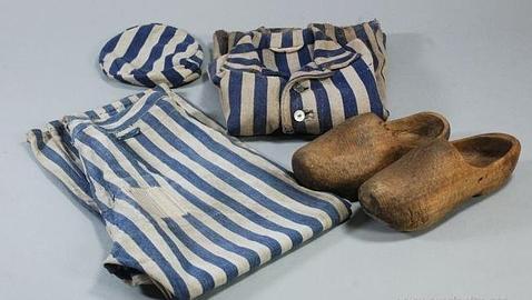 Uniforme de un preso de Auschwitz
