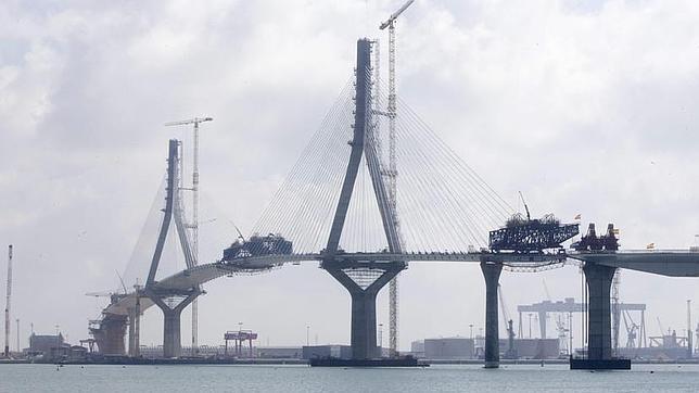 El PP confirma que Martínez irá a la inauguración del puente de Cádiz