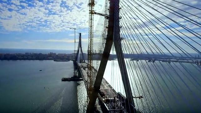 Cádiz inaugura el nuevo puente, un gran hito de la ingeniería