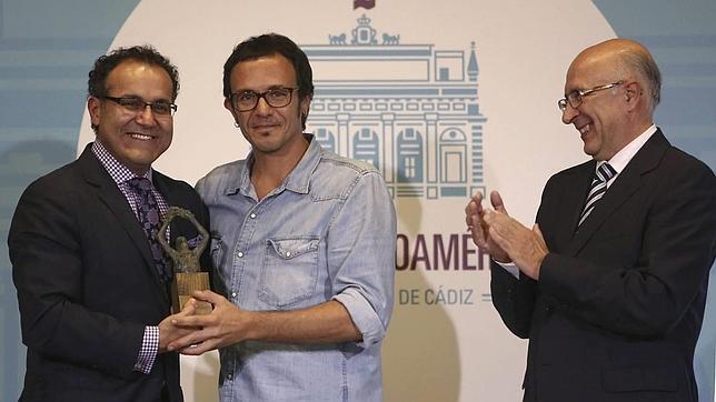 Cádiz reconoce la labor profesional y humana del doctor Alfredo Quiñones