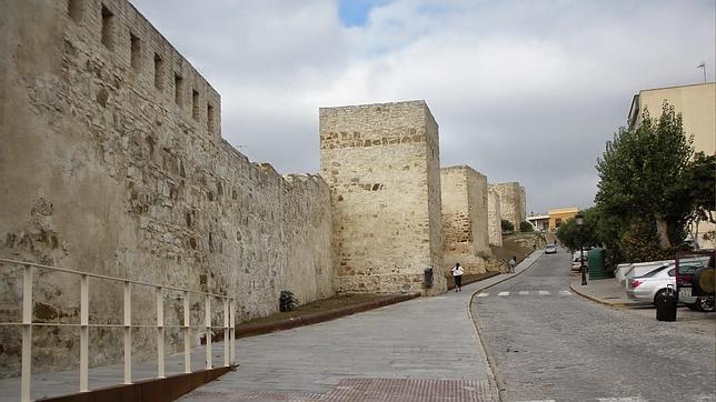 Tarifa se asegura el blindaje de su casco histórico