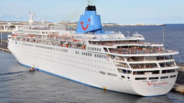Vista panorámica del 'Thomson Dream'. Esta naviera se dedica a cruceros de bajo coste