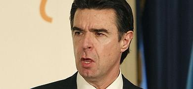 Soria admite que «algo se habrá hecho mal» cuando Bárcenas acumuló 22 millones de euros