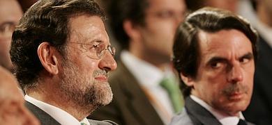 Aznar critica la campaña electoral de Rajoy en 2004