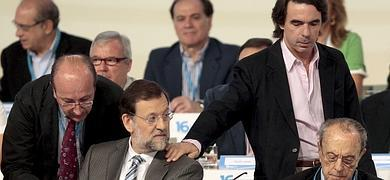 Aznar planta a Rajoy y no participará en la convención nacional del PP