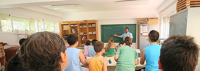El nuevo curso comenzará con un millar de profesores interinos en pie de guerra