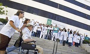 Los enfermeros alertan de un bajón en la calidad asistencial por los recortes