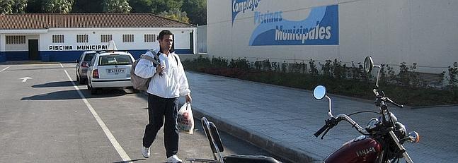 Los trabajadores de la piscina municipal de puerto real for Piscina municipal puerto de la cruz