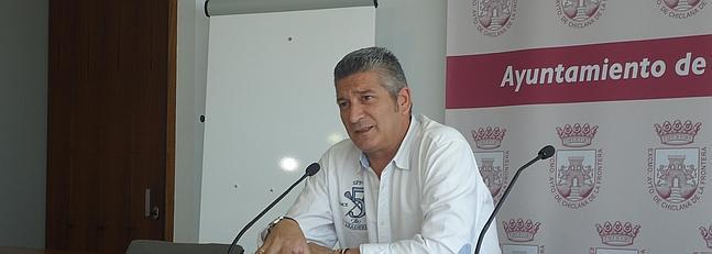 Diego Rodríguez  anunció que todas las instalaciones deportivas de la ciudad dispondrán de un desfibrilador externo automatizado