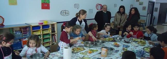 Saucedo visita el Plan Profundiza del colegio Serafina Andrades