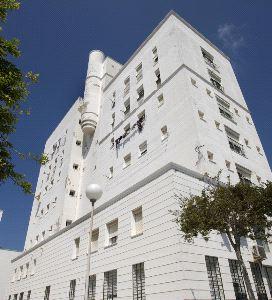 El entorno BIC y el Registro de Patrimonio salvan el edificio de La Caleta