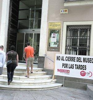Los trabajadores del Museo denuncian que el edificio acumula «años de abandono»