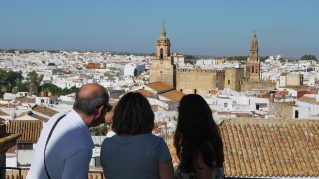 Las vistas de Carmona son uno de los alicientes para los turistas/A.M.