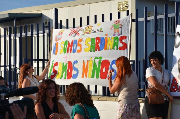 Manifestación contra las caracolas en Mijas el curso pasado / J.J.M.