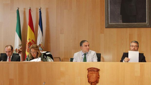 El presidente de la Diputación malagueña, Elías Bendodo, puede ver tumbado uno de sus proyectos estrella / ABC