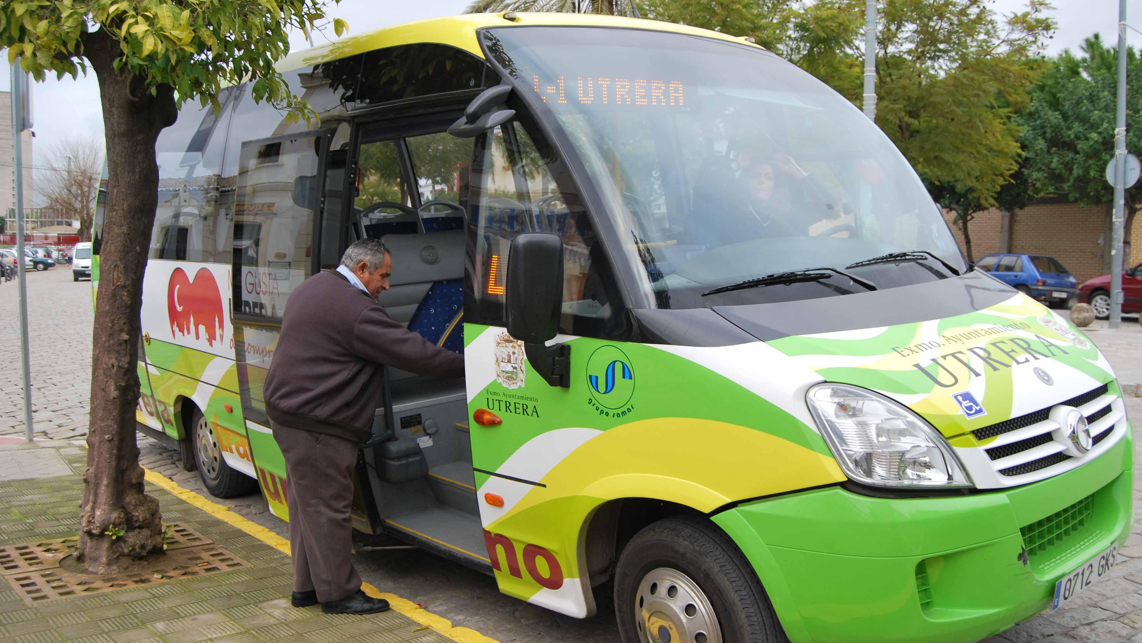El autobús de Utrera apenas tiene viajeros