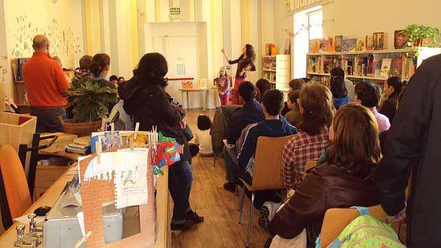 La biblioteca de Utrera acoge numerosas actividades
