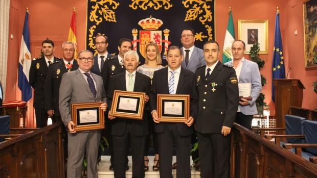 Homenajeados en el acto institucional del Día de la Policía Nacional