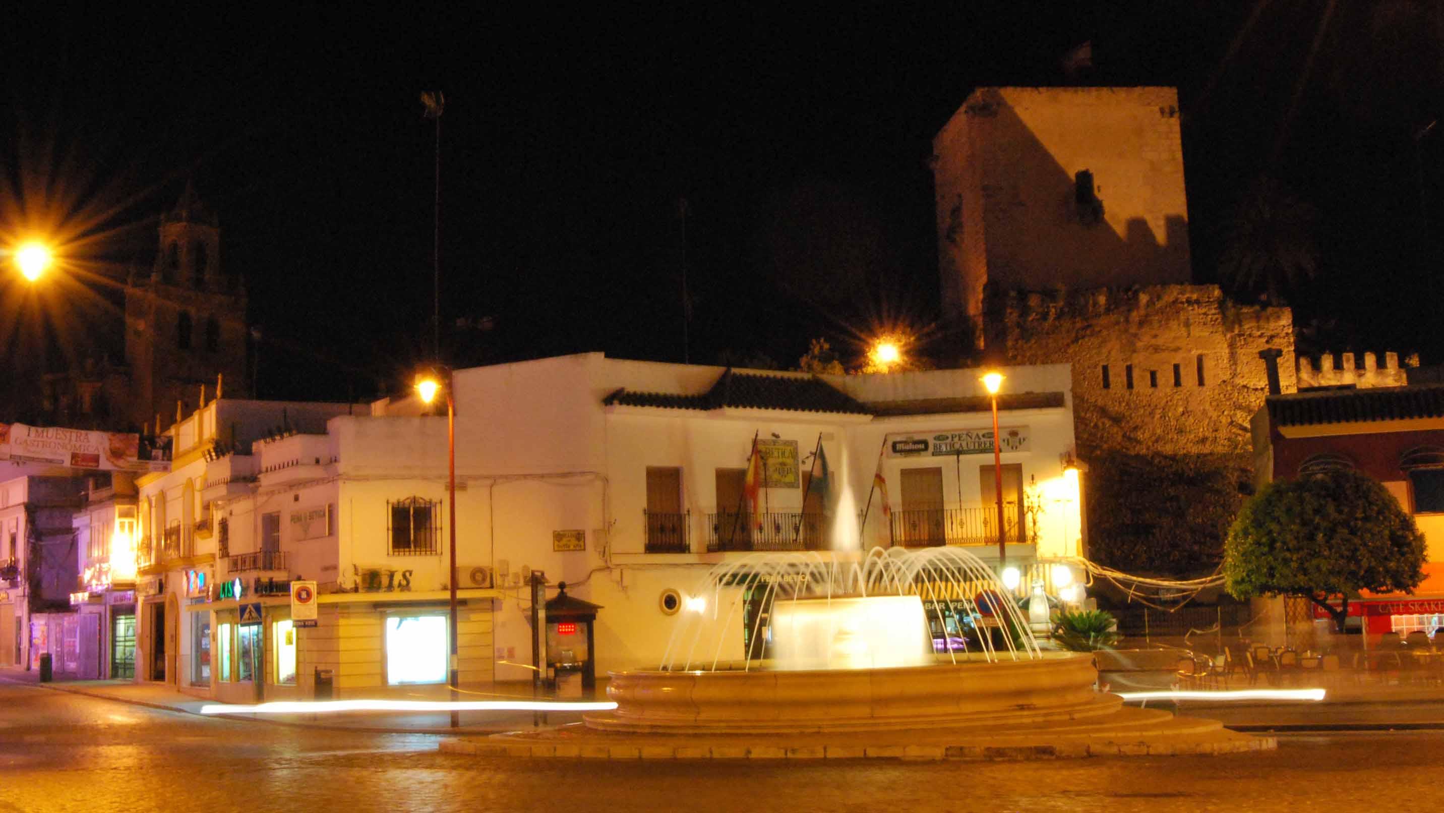 El Castillo de Utrera es uno de los monumentos más importantes de la localidad