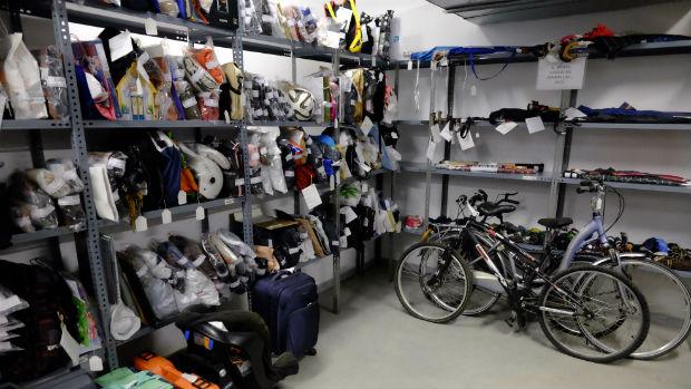 Bicicletas en la Oficina Municipal de Objetos Perdidos (OMOP) del Ayuntamiento de Málaga