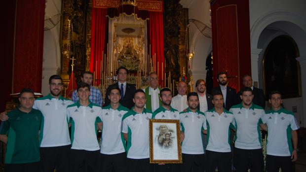 Ofrenda del Betis Futsal a la Virgen de Valme
