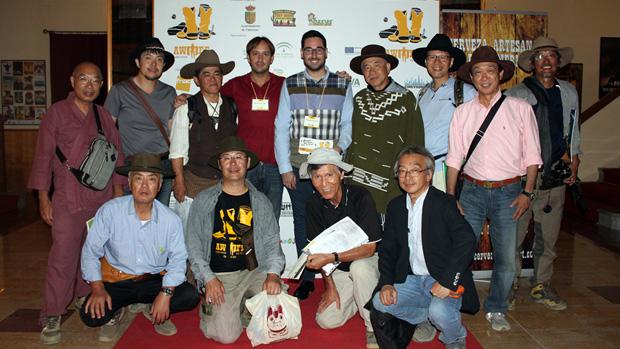 Delegación japonesa, en el teatro de Tabernas