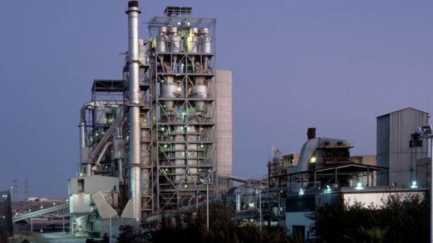 El proyecto de la fábrica de cemento de Alcalá ya existe en la mayoría del sector