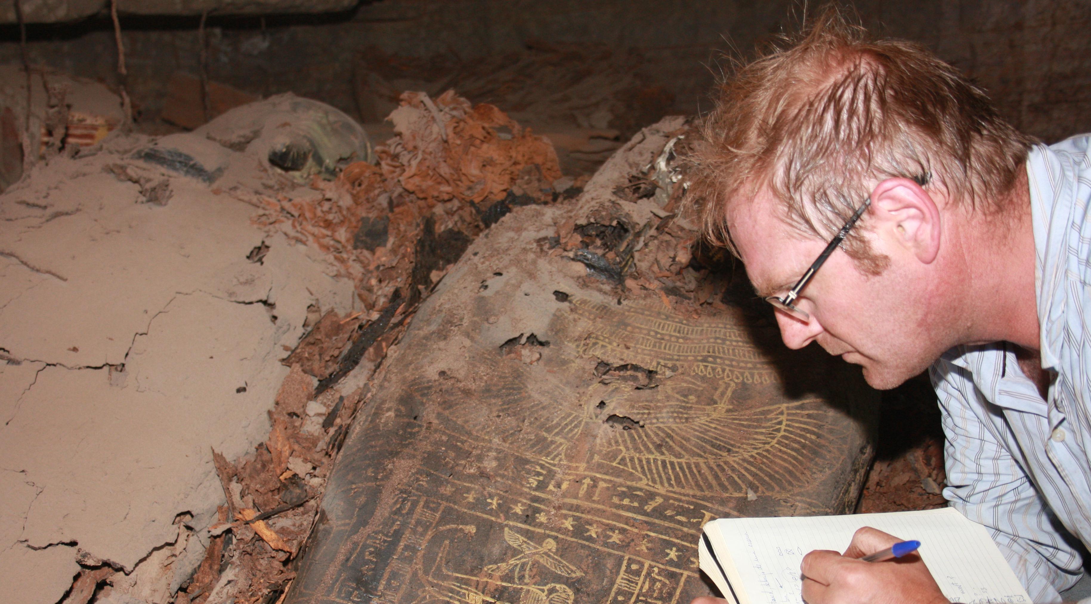 Alejandro Jiménez, en una excavación en Egipto