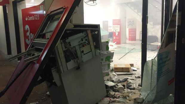 Uno de los cajeros explosionados durante esta oleada que se inició el 30 de julio