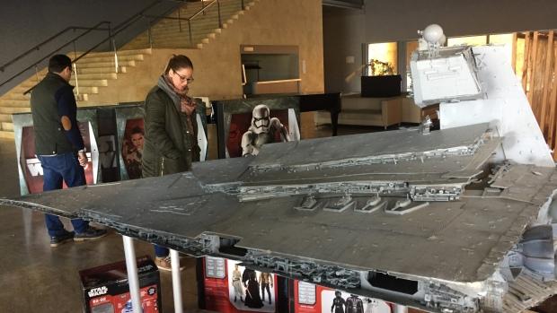 Naves y personajes de «La Guerra de las Galaxias pueden verse en Alcalá de Guadaíra