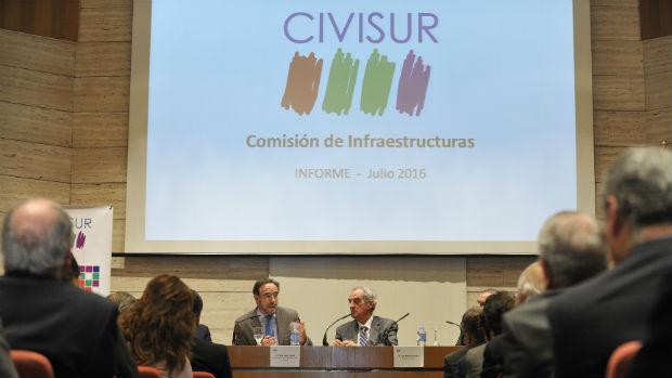 Presentación del informe sobre infraestructuras realizado por Civisur