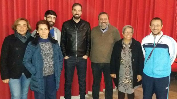 La nueva dirección de IU Dos Hermanas, donde repite como coordinador local Francisco García Parejo