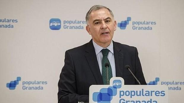 El diputado del PP, Santiago Pérez