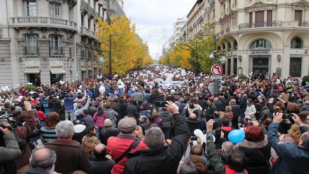 La manifestación ha contado con una asistencia masiva. / ABC