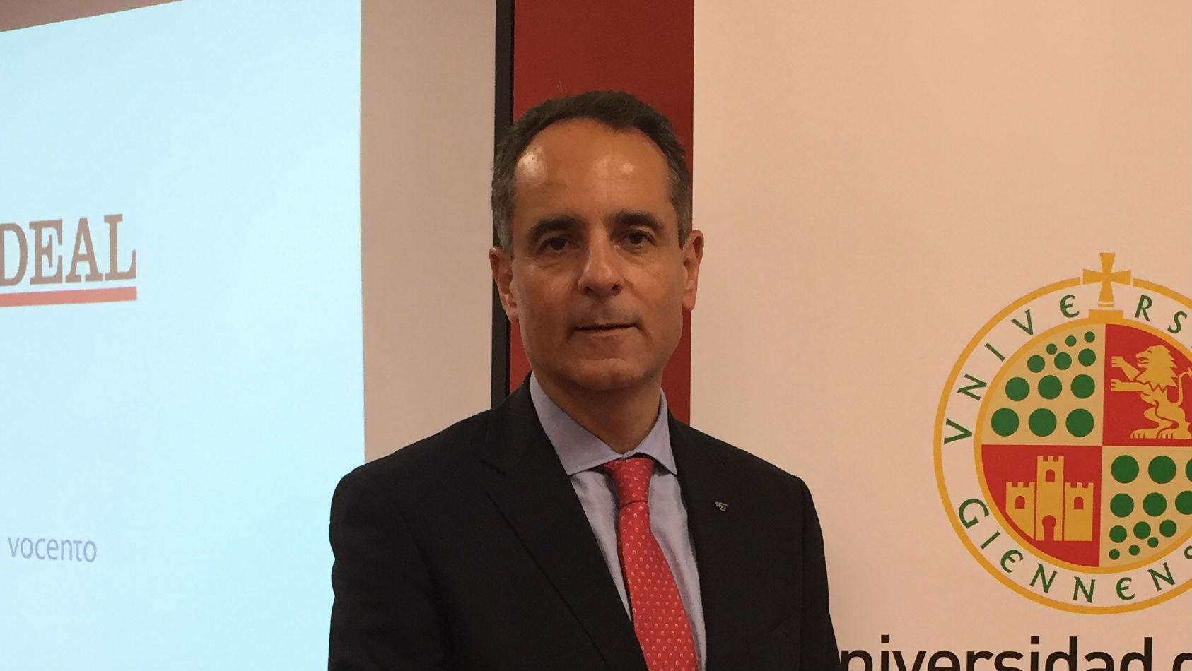 José Antonio Lorente dirige el laboratorio de identificación genética de la Universidad de Granada.