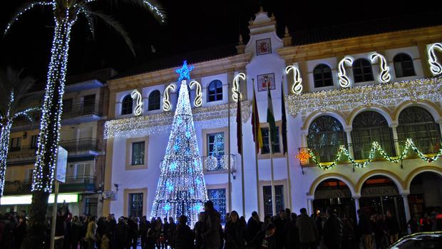 Iluminación navideña en la plaza de la Constitución
