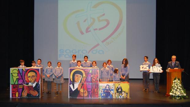 La gran familia de las hijas de la caridad se re ne por for Colegio sagrada familia malaga ciudad jardin