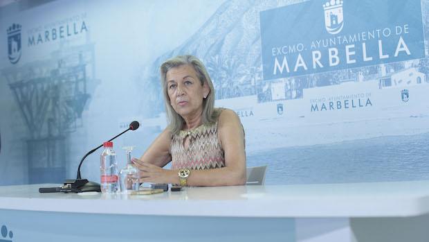 Francisca Caracuel en rueda de prensa