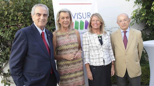 Luis Medina y Manuel del Valle, presidentes de Civisur, con Ángeles Muñoz, alcaldesa de Marbella y Francisca Caracuel, edil Urbanismo