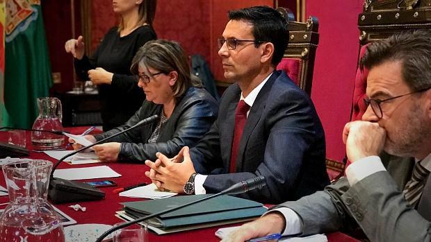 Francisco Cuenca, esta mañana, en el pleno donde ha sido reprobado