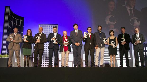 Foto de familia de los galardonados con los Premio Macael / ABC