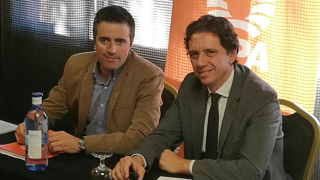 A la izquierda, Cristóbal Cano, secretario general de UPA, junto a Pier Luigi Tosato, consejero delegado de Deoleo