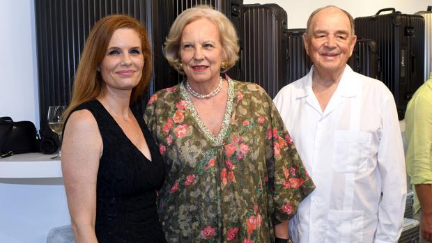 Olivia de Borbón con la princesa María Luisa de Prusia y el conde Rudi von Schoenburg