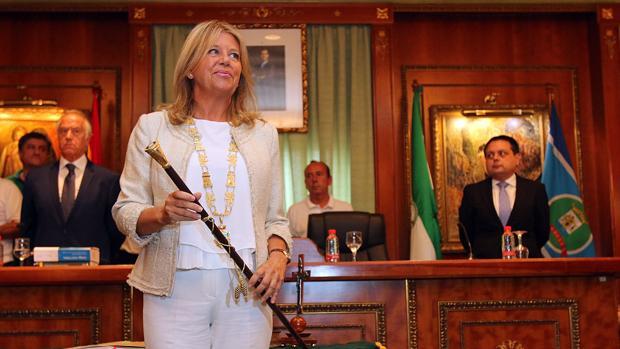Ángeles Muñoz tras su investidura el pasado 29 de agosto