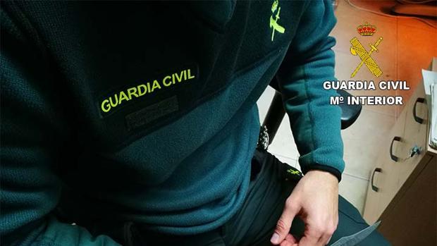 El arma intervenida al detenido