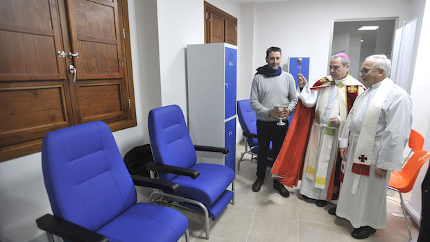 El obispo de Málaga, Jesús Catalá, bendijo las instalaciones