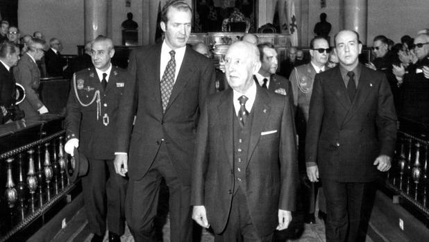 El Rey Juan Carlos I, Francisco Franco y Utrera Molina